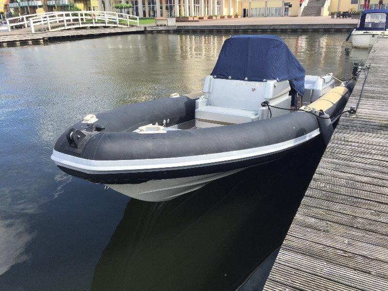 Schlauchboot02.jpg